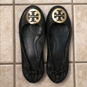 Tory Burch Black Reva Flats gold logo